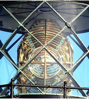 Fresnel lens at Point Cabrillo Light House -- photo by Sienna M Potts, Point Cabrillo, 18 December 2004